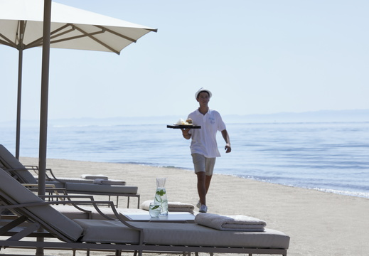 Ikos Olivia | Service on the Beach