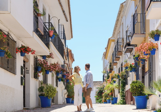 Ikos Andalusia | Estepona Old Town couple