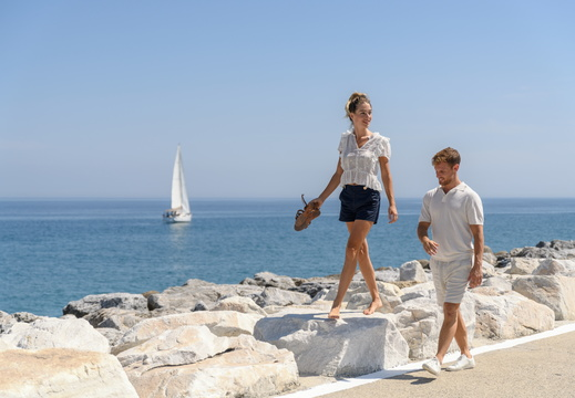 Ikos Andalusia | Puerto Banus couple walking